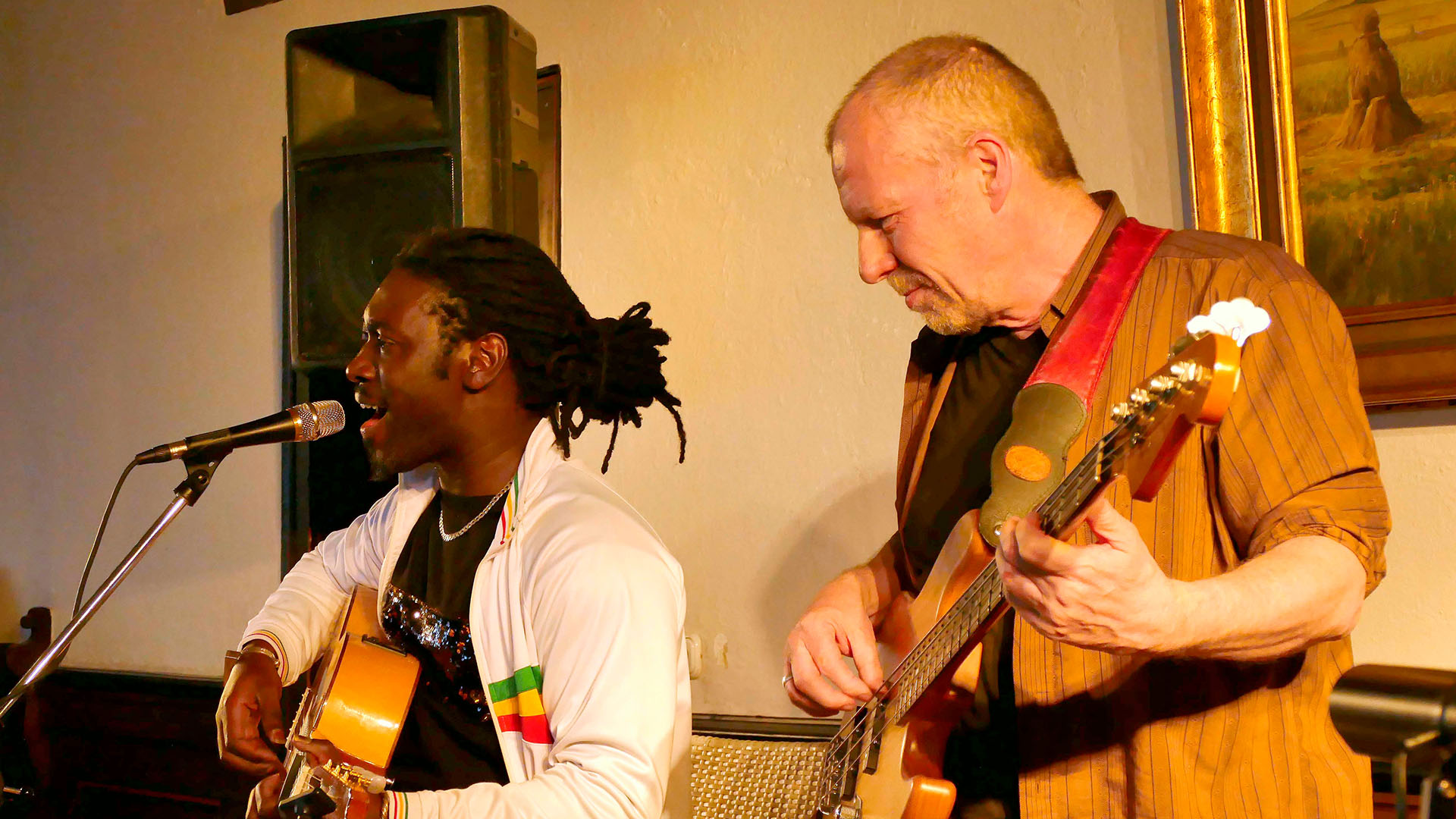 Afro-Kunda Acoustic Trio mit Fallou Sy, Peter Herrmann Live