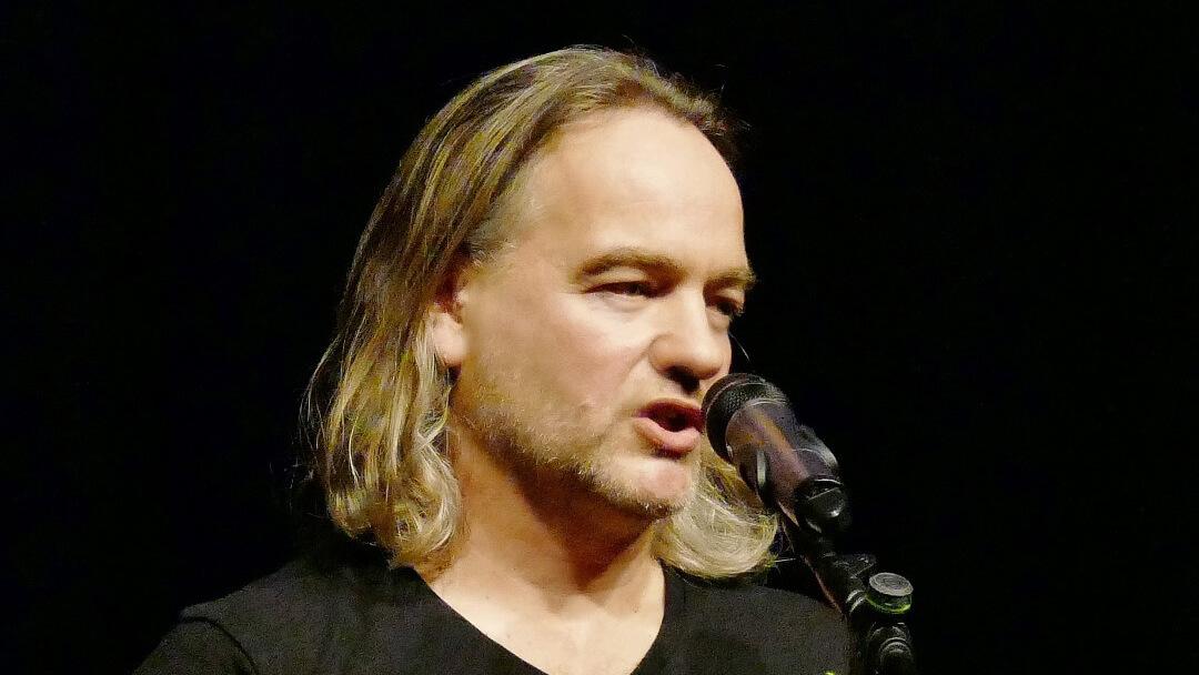 Autor Steffen Ziegler am Mikro